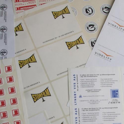 Etiketter med logo tryk