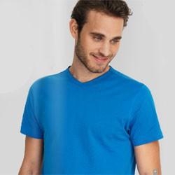 Tætsiddende t-shirt med logo tryk