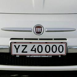 Nummerpladeholder med logo tryk