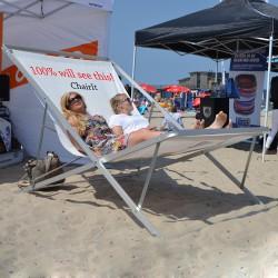 Gigantisk strandstol med logo tryk