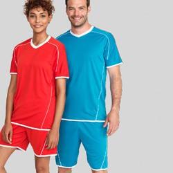 Fodbold tøj med tryk og broderi