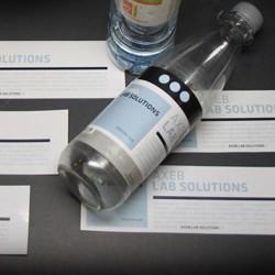 Vandflaskeetiketter med logo tryk