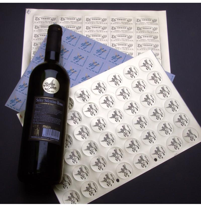 Små reklame vinetiketter med logo tryk